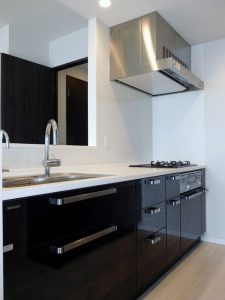 浄水器・ディスポーザー付システムキッチン